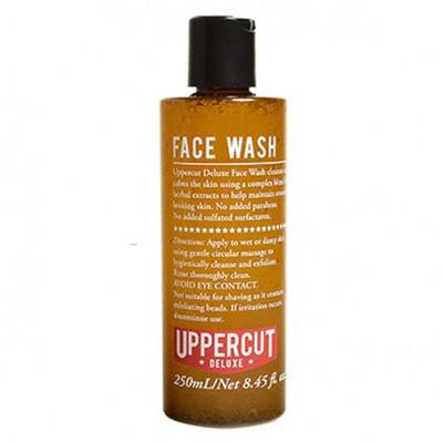 Uppercut Deluxe - Pilingujący płyn do mycia twarzy 250ml