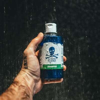 Bluebeards Revenge Nawilżający szampon do włosów 300ml
